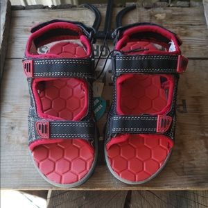 NWT kids Velcro strap sandals in red and black